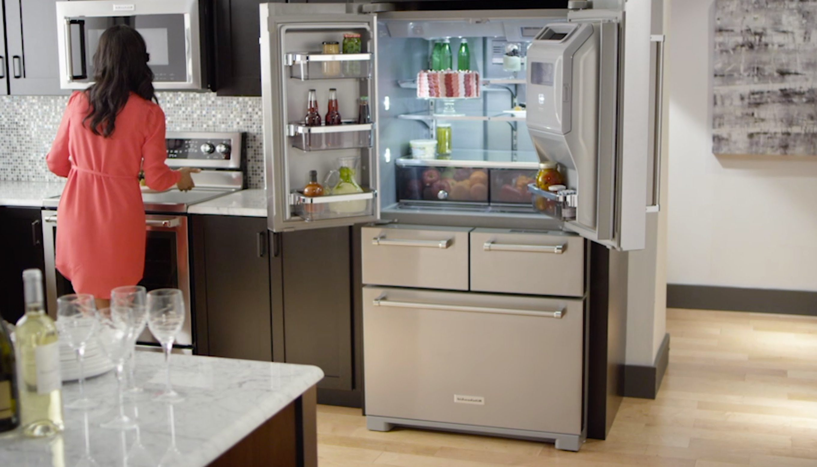 6 Practical Tips in Organizing a French Door Fridge