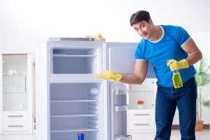 A 7-Step Guide to Thoroughly Cleaning Your Refrigerator